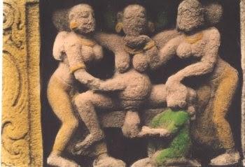 givingbirth-ancient-egypt